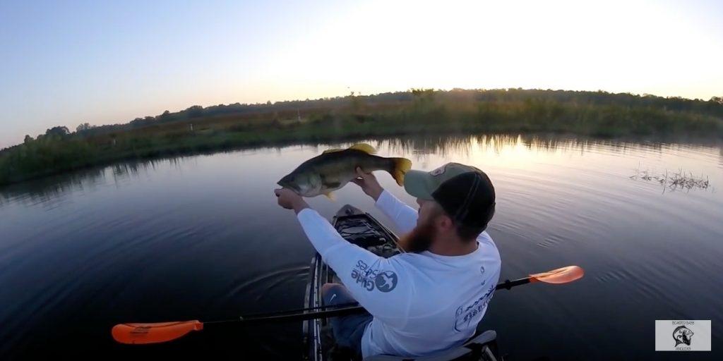 Paddle world magazine the international all paddlesports for Elias v fishing