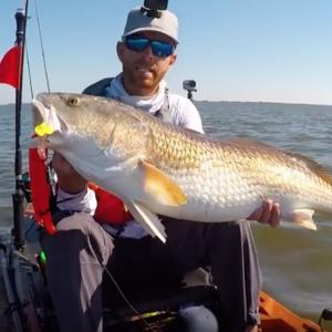 Kayak Fishing: BIG Bull Redfish on a Tough Day   #FieldTrips