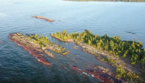 2.5 Hour Porter's Island Paddle - Lake Superior Sea Kayaking