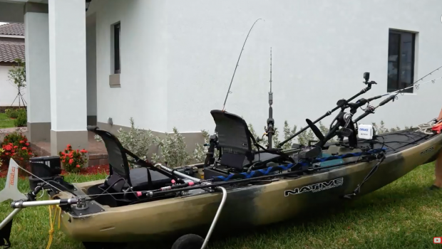 What is in this $10,000 Fishing Kayak | Does it Catch Fish Better? Totally Rigged Titan Propel 13.5