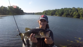 Froggin' for Largemouth Bass (Kayak Fishing!)