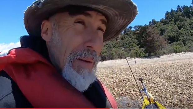 Kayak Fishing - Roe & Beach Fire Roasted Snapper Head Feast.