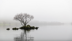Minimalist Landscape Photography | Christmas Kayaking On Coniston
