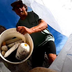 Join Kai Lenny on this beach clean up video on the island of Maui. Taking care of his local spots, picking up trash with smiles all around. « Maui is heavily affected by trash in the pacific ocean so we did something about it with Love the Sea. This is the journey to one of the most hard to reach places on all of the island! »
